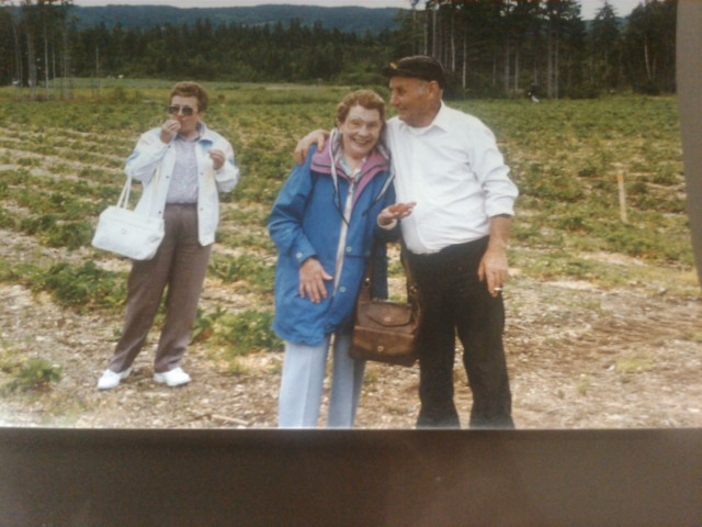 Mary Nemec, Mary Myrick, Albert Finlay(L-R)